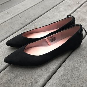 Black pointed ballet flats with bow H&M